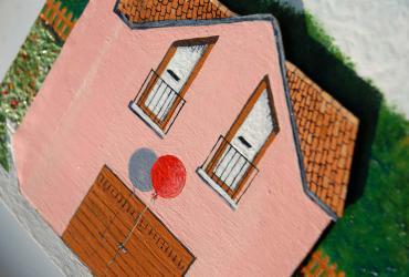 Navedano la facciata della casa clown michele criscuolo - La casa della piastrella ...